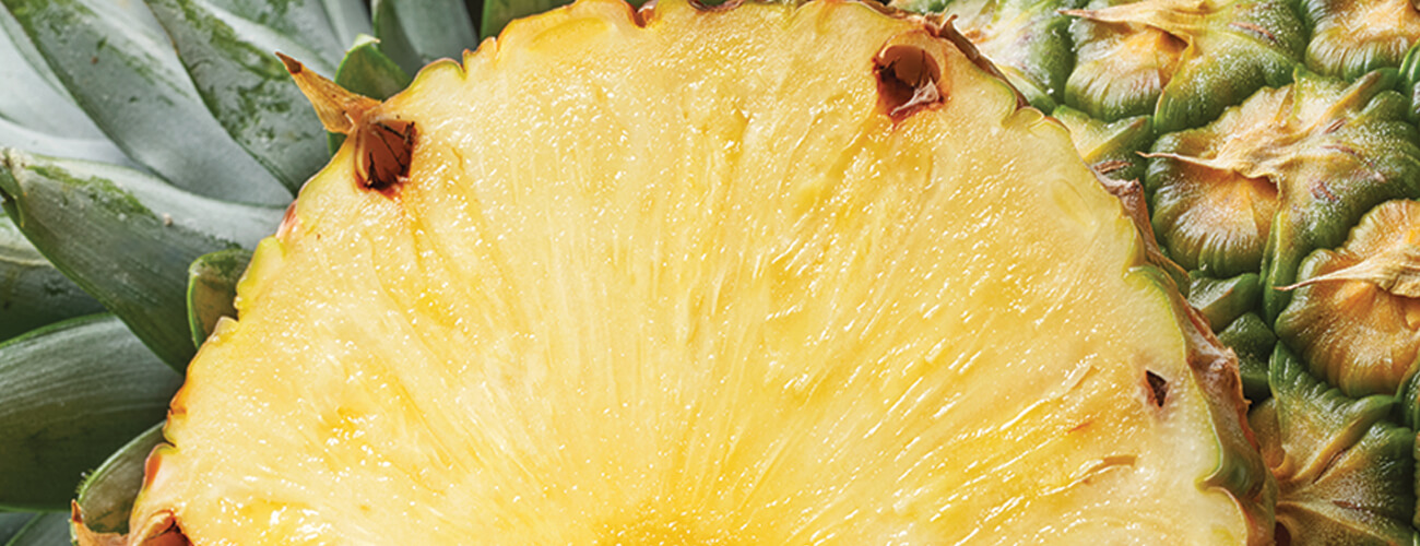DelMonteProductImage-Macro-Pineapple_2-1300X500